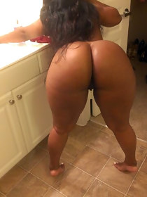 Lot dark huge asses fotos